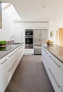 Welche Fliesen Für Küchenboden : k che gestalten wei grau bodenfliesen deko k che pinterest deko ~ Sanjose-hotels-ca.com Haus und Dekorationen