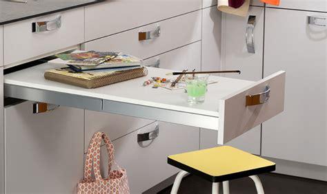 Table Cuisine Escamotable Tiroir by Table Et Chaises Comment Am 233 Nager Le Coin Repas Dans La