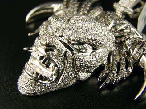 diamond pendant bull jewels york