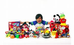 New York - Six-year-old YouTube Star Brings His Own Toy ...