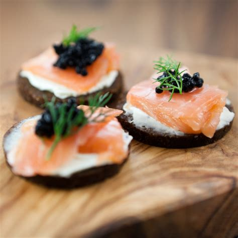 canapé au saumon canapés de saumon fumé châtelaine