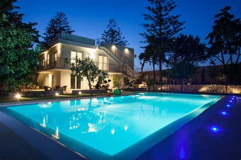 giardino a mare donnalucata casa piscina donnalucata mitula