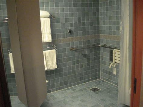 handicap walk in shower best 25 handicap bathtub ideas on curtain rod