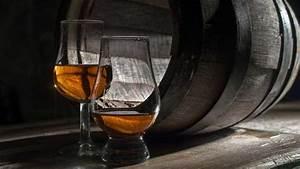 Nosing Gläser Whisky : das nosing glas perfekt f r einen single malt vollbart und whisky ~ Orissabook.com Haus und Dekorationen