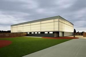 Ksp Jürgen Engel Architekten : sports hall zehlendorfer welle ksp j rgen engel architekten archdaily ~ Frokenaadalensverden.com Haus und Dekorationen