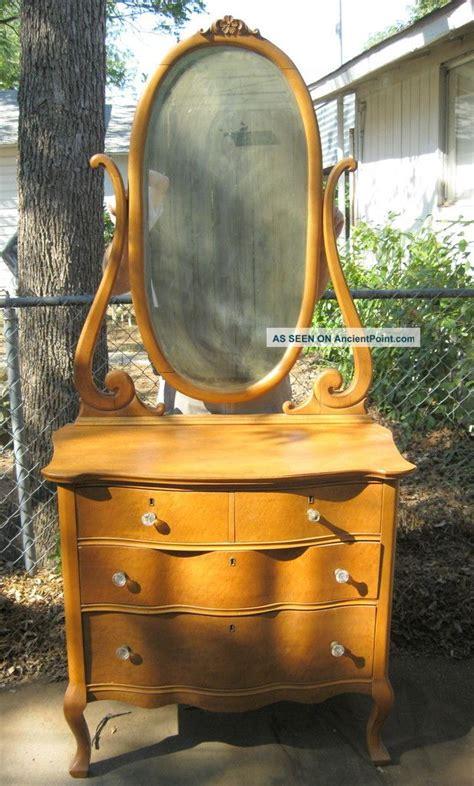 birdseye maple dresser value antique dresser with mirror value bedroom bathroom
