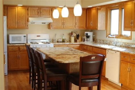 honey oak kitchen cabinets with granite countertops honey oak cabinets with granite roselawnlutheran