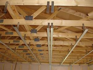 Pose De Placo Sur Rail : fixation plafond placo maison travaux ~ Carolinahurricanesstore.com Idées de Décoration