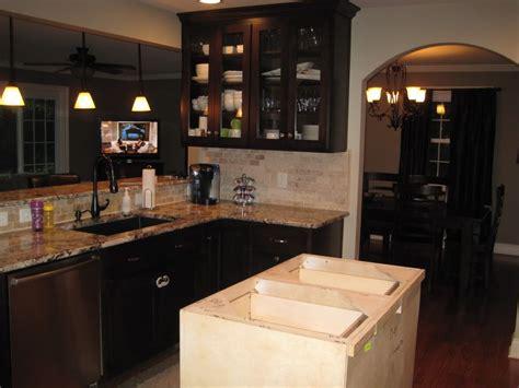 accessible beige kitchen cabinets paint color sherwin williams accessible beige kitchen