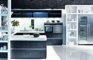 Küchen In U Form : grifflose u form k che gl 6225 aus dunklem holz ~ Frokenaadalensverden.com Haus und Dekorationen