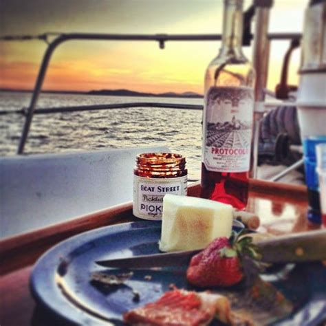 Picnic Food Ideas For Boating by Boat Picnics I Miss This Lovely Things