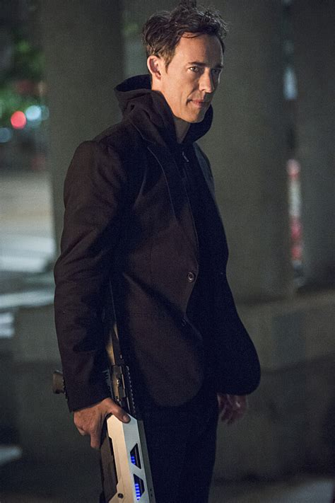 harrison wells earth  tom cavanagh  flash wiki