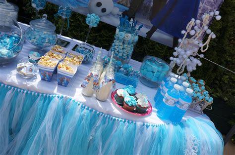 deco reine des neiges anniversaire le bar kit anniversaire d 233 coration sweet table