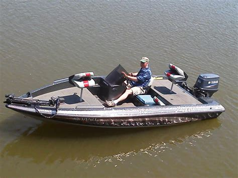 Table Rock Lake Bass Boat Rentals by Boat Rentals Hickory Hollow Resort