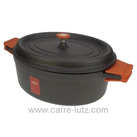 cuisiner avec une cocotte en fonte faitout ovale noir 31 x 25 cm en fonte d 39 aluminium 25935