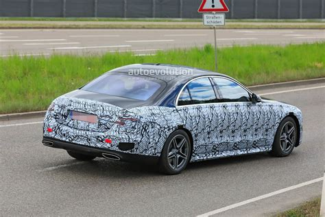 Obviously, the government's estimates will vary between the two different powertrains, and we expect the larger of the engines to. 2021 Mercedes-Benz S-Class Spied With Less Camo ...