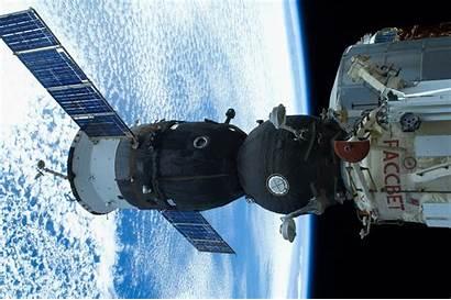 Iss Soyuz Earth Tma Space Wallpaperup Spaceship