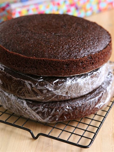 store  freeze cake layers completely delicious