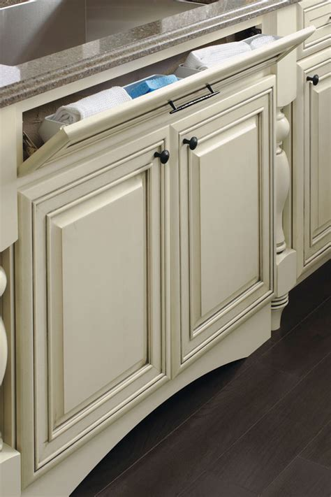 drawer fronts for kitchen cabinets sink base with tilt out on 5 drawer front kemper 8824