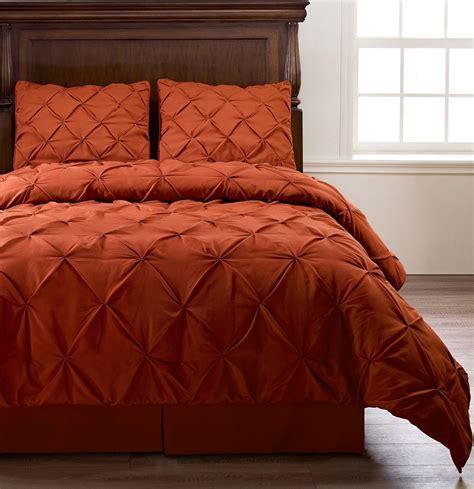 Pinch Pleat Orange Bedding 4piece Comforter Set, Twin