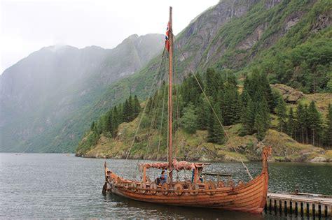 Viking Ship In Gudvangen Norway Ships Pinterest
