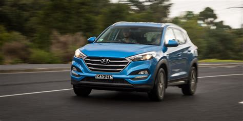 Mazda Hyundai by Medium Suv Comparison Hyundai Tucson Active X V Kia