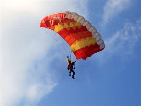 cuisine d 1 jour saut en parachute et adrénaline biba