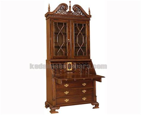 pajangan ukiran kayu antik lemari pajang klasik motif colonial beureu klp 031