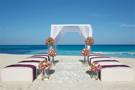 secrets  vine cancun wedding modern destination weddings