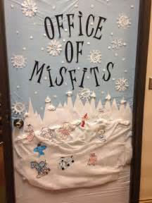 1000 ideas about christmas door decorating contest on