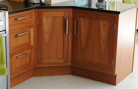 kitchen cabinet carcases questions to ask when choosing kitchen cabinets carcases 2392