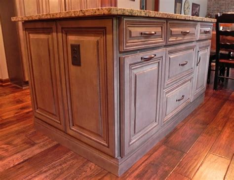 wellborn forest cabinet colors 1000 images about kitchens on