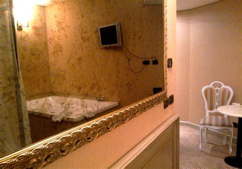 Hotel Con Vasca Idromassaggio In Lombardia Romantica Suite Vasca Idromassaggio Lombardia Hotel Il