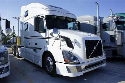 volvo  sleeper truck  sale gulfport ms