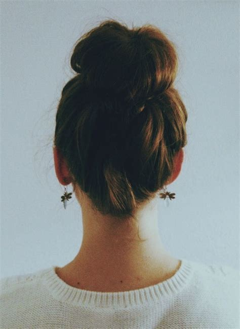 wedding hairstyle to know the top knot