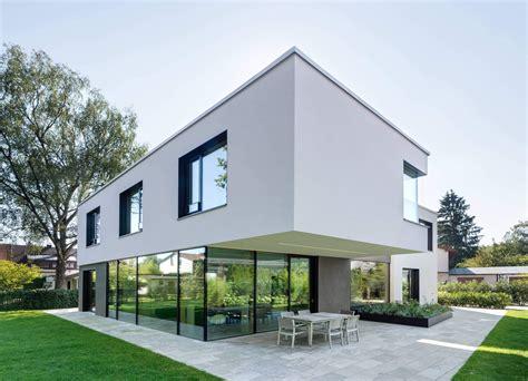 Moderne Puristische Häuser by Haus W By Be Planen Architektur House Architektur