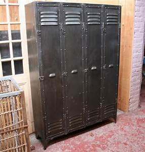 Casier Vestiaire Industriel : armoire vestiaire metallique design ~ Teatrodelosmanantiales.com Idées de Décoration