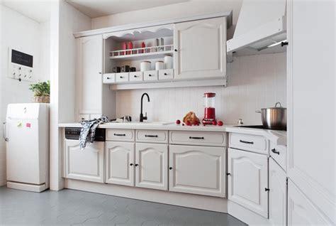 cuisine faite maison faire sa cuisine amenagee soi meme maison design bahbe com