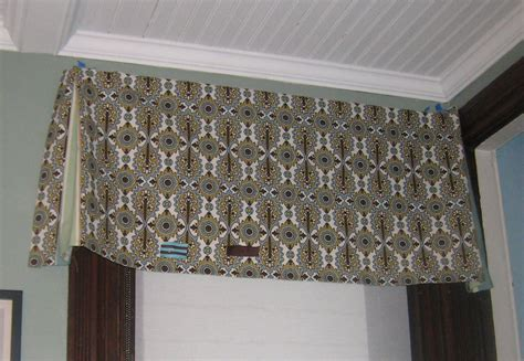 Fabric Valance by The Dining Room Windows The Valances Stately Kitsch