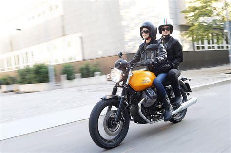 Gambar Motor Moto Guzzi V7 Ii by Moto Guzzi V7 Ii Bilder Und Technische Daten