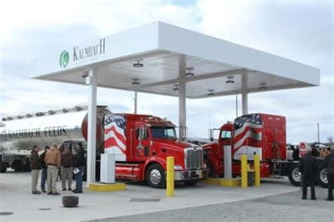trustar debuts compressed natural gas station in upper