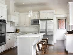 Delectable White Kitchen Cabinets Slate Floor Gallery White Kitchen Design With Creamy White Shaker Kitchen Kitchen