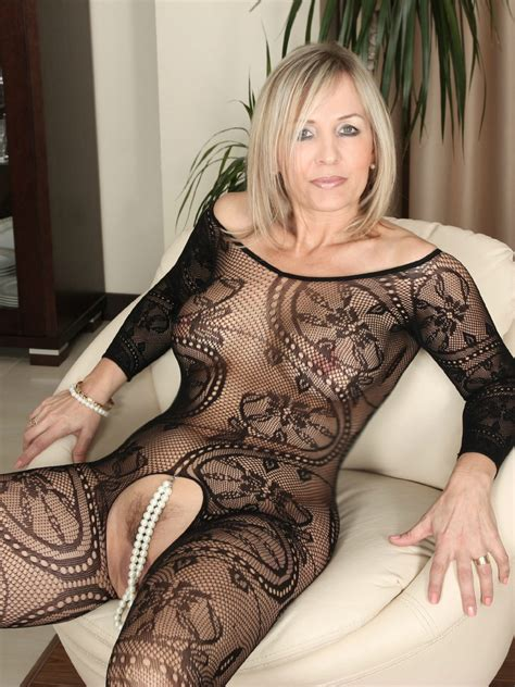 Nylon And Things Milf Sorted By Position Luscious