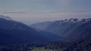 mh52-peaceful-mountain-blue-town-house-sunny-sky-nature