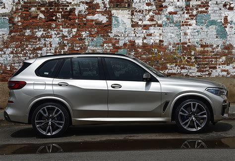 bmw  md  specifications photo price