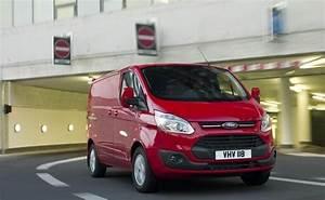 Nouveau Ford Custom : nouveau ford transit custom t l chargez le catalogue ford grim auto savab saval ~ Medecine-chirurgie-esthetiques.com Avis de Voitures