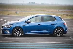 Megane Gt 2016 : driven 2016 renault megane gt roundup autoevolution ~ Maxctalentgroup.com Avis de Voitures