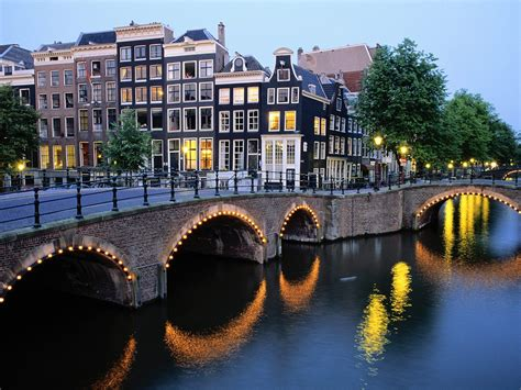 amsterdam hotels holland discount hotels save money  hotels  amsterdam  holland