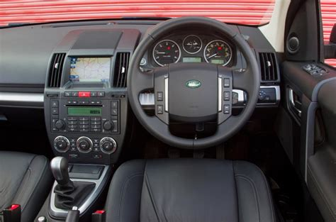 land rover freelander interior land rover freelander 2003 2014 interior autocar