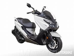 Kymco X Town 125 : kymco like s 125 x town city 125 2019 nuevos scooter 125 motorbike magazine ~ Medecine-chirurgie-esthetiques.com Avis de Voitures